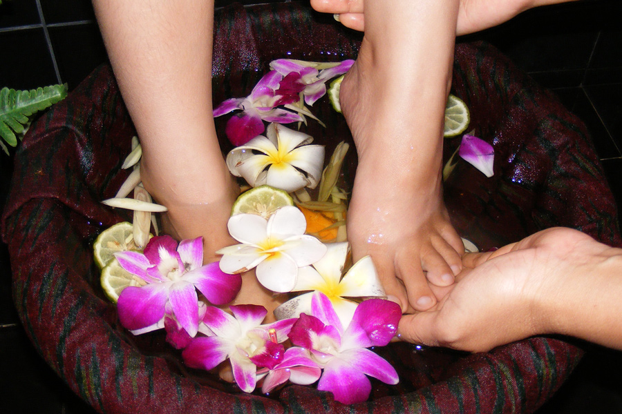 Foot Massage (Reflexology)